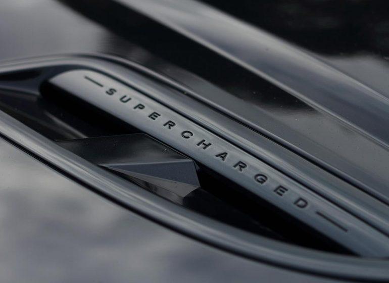 Rg Jaguar Xkabstract